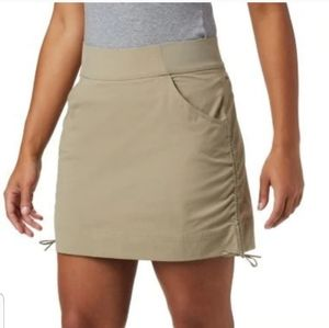 Columbia anytime skirt with shorts green gray